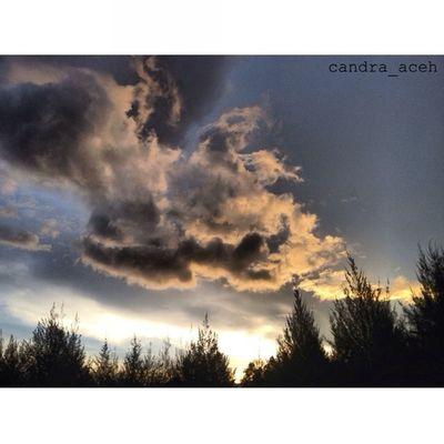 Photo by M Ariz Candra