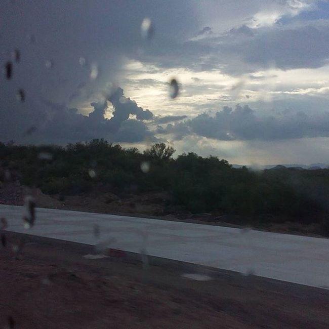 Lo que quedo de la fuerte lluvia en el tramo entre Vicam y Cd Obregon, Sonora. Rain Clouds Paisaje Lluvias Sonorandesert Cdobregonsonora