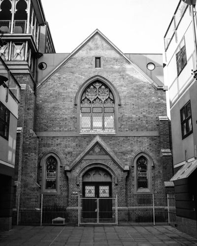 Stuck in the middle Church Buildings Church Churches Blackandwhite Blackandwhite Photography X100t X100tfujifilm Fujifilm_xseries Fujifilm Buildings Urbanphotography Urban First Eyeem Photo