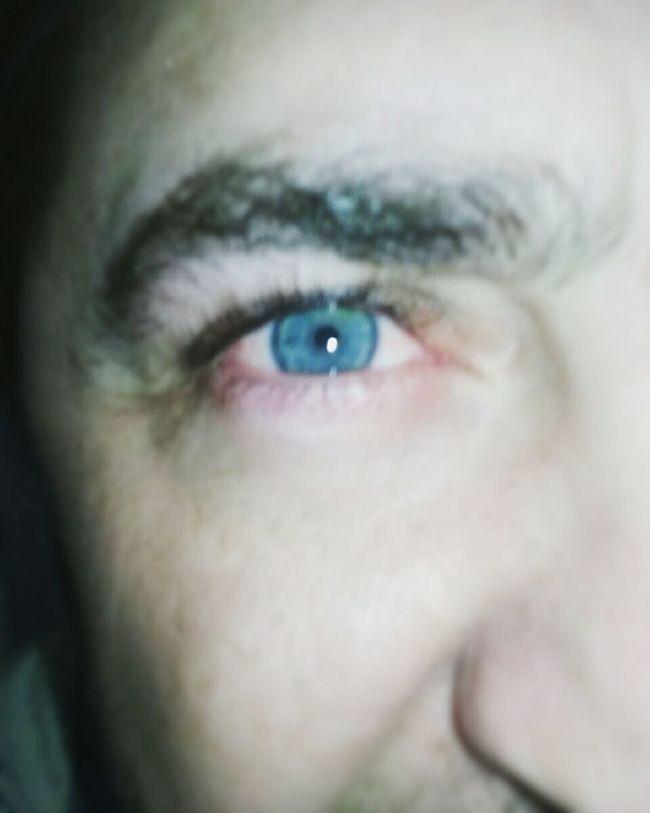 Looking At Camera Human Eye Human Face Eyesight Focus Captured Moment Eye Eyeblue Eyeblue Focused Photo Person