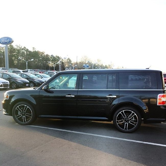 You couldn't tell me nothing if this was my new car (I want). Ineedanewcar Butimbroketho Nonewpayments