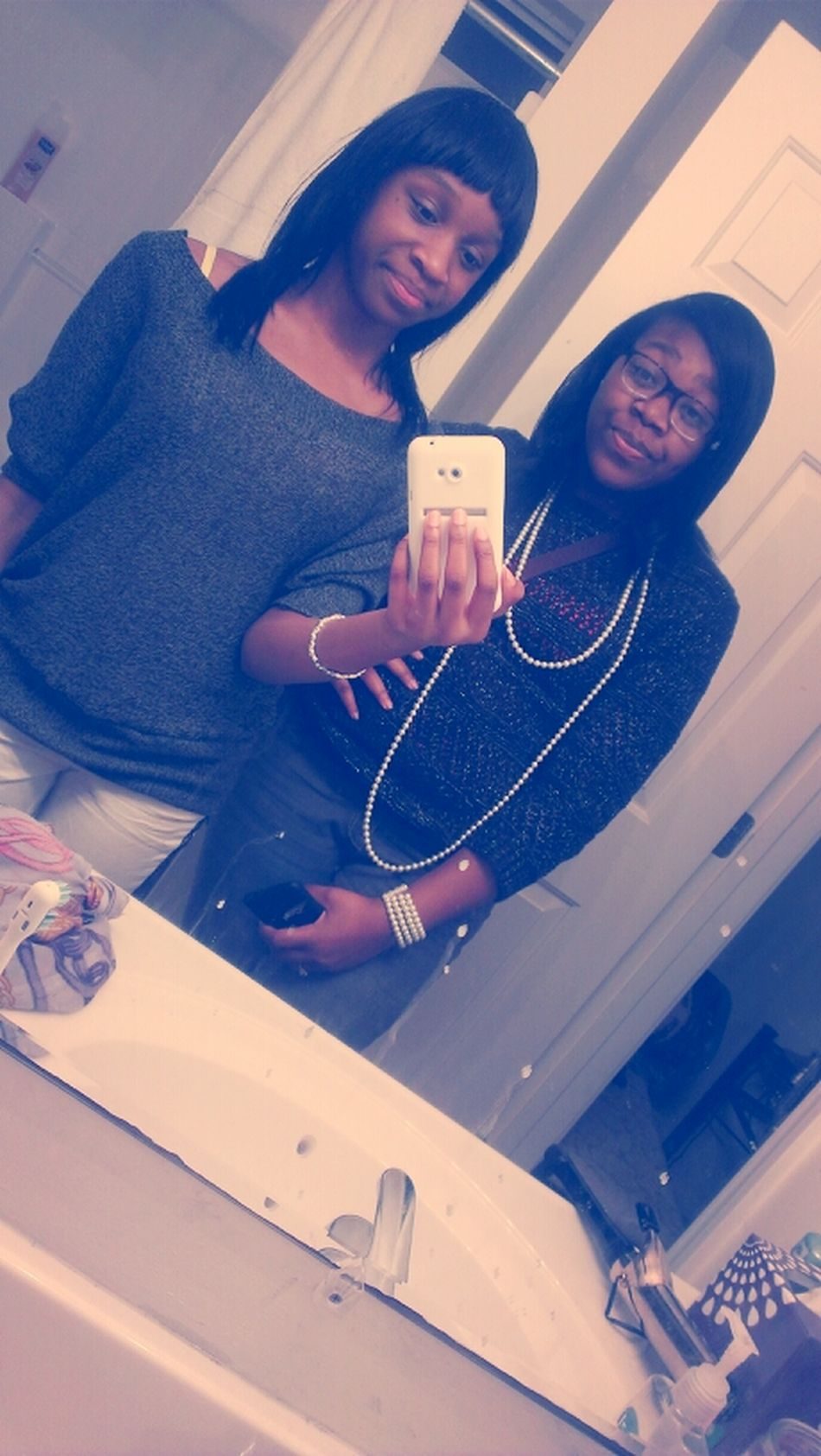 Mee & My Sister Cooling It