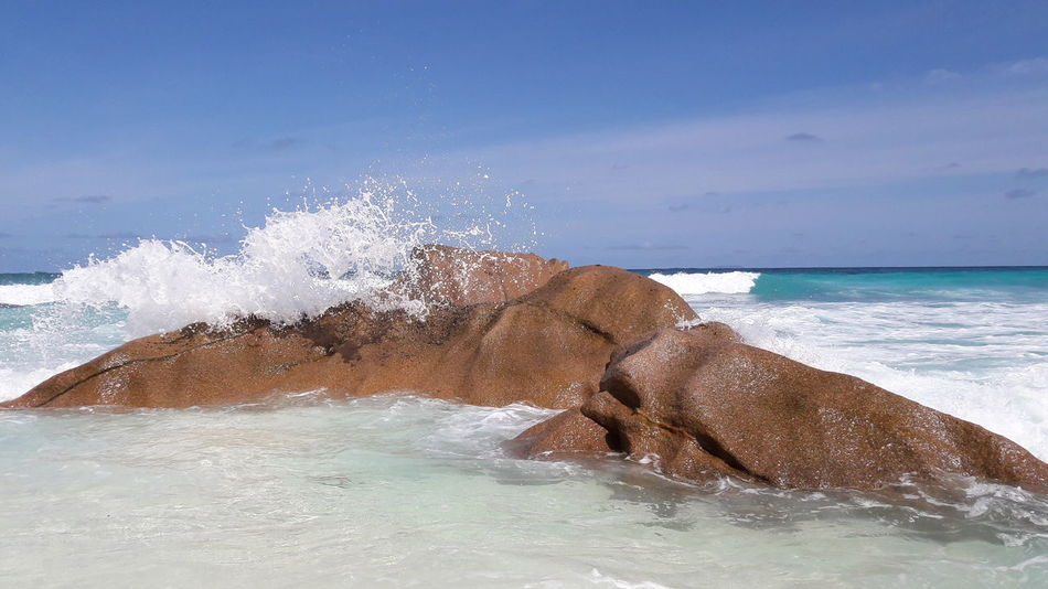 Sea Water Tropical Climate Beach No People Wave Nature Beauty In Nature La Digue Felsen Am Strand Seychelles Seychelles Islands EyeEm Selects Horizon Over Water Outdoors Adventure