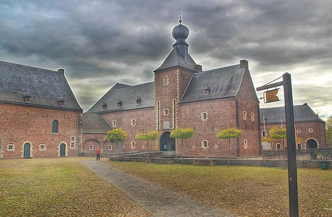 Kasteel Hoensbroek Castle Of Hoensbroek Buildings Noedit Bad Weather Bestskyever DitisLimburg Super_holland
