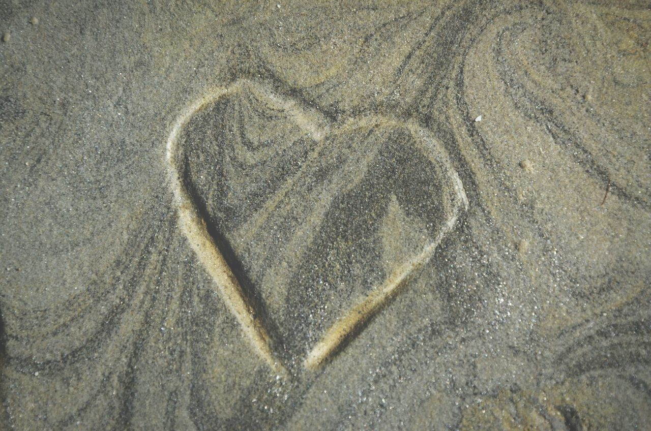 Heart Love Lajolla Lajollabeach Heartinnature Shape Shapes In Nature  Heartshape Beach Sand Learn & Shoot: Simplicity Color Palette