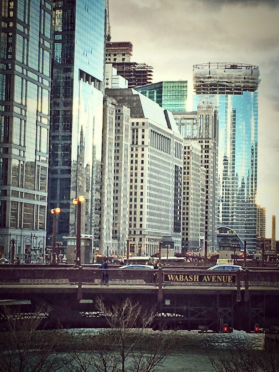 Mychicagopics Chicago Lakestreet Evening Wabash Bridge Chicago River Chicago Architecture Chicago Skyline Cityscapes Reflections EyeEm Gallery EyeEm Best Shots Amateurphotography Iphonephotography Igersoftheday Rushour