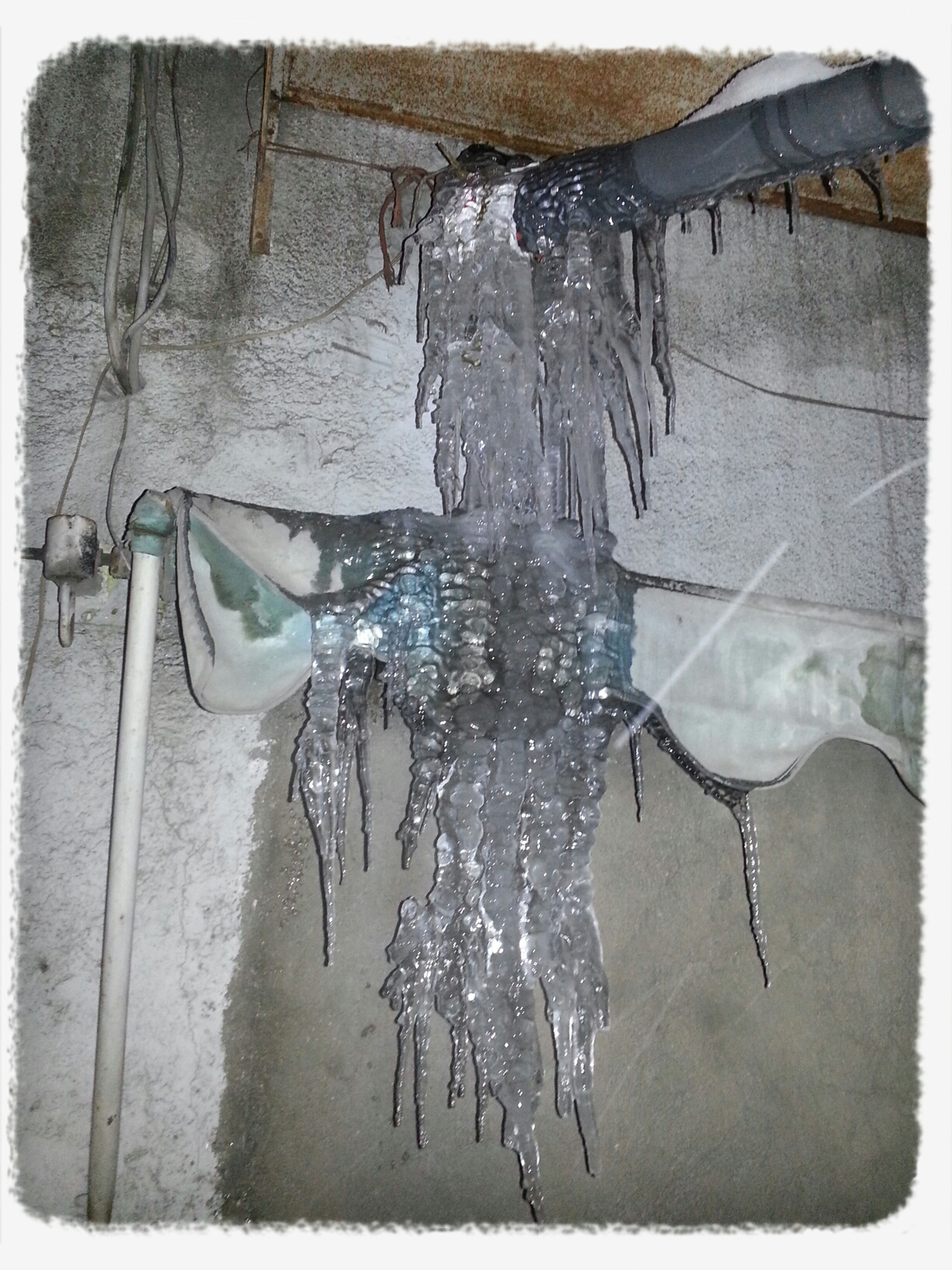 Ice Icecle یخ سرد