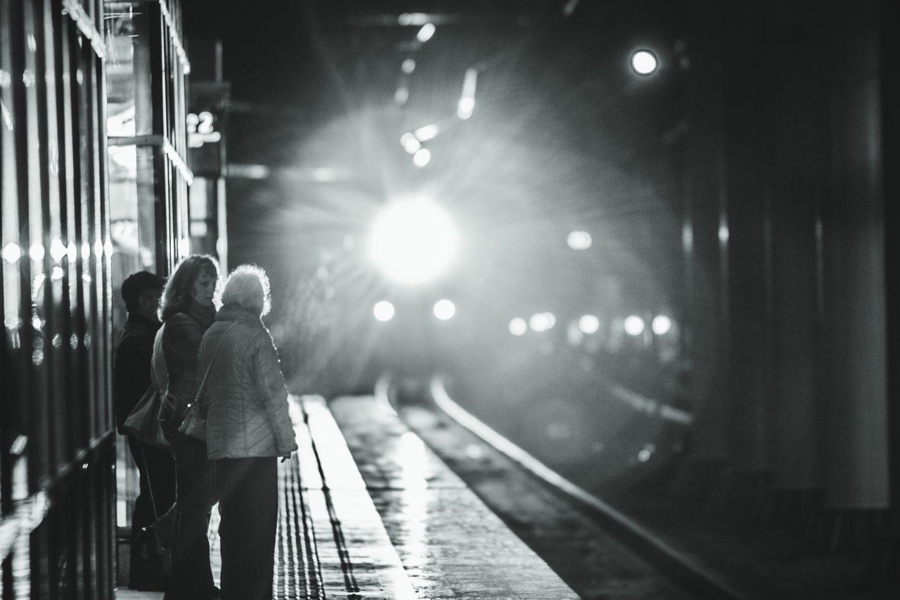 Street Photography Sochi Train Travel L'Arrivee D'un Train En Gare Station Platform People Krasnaya Polyana