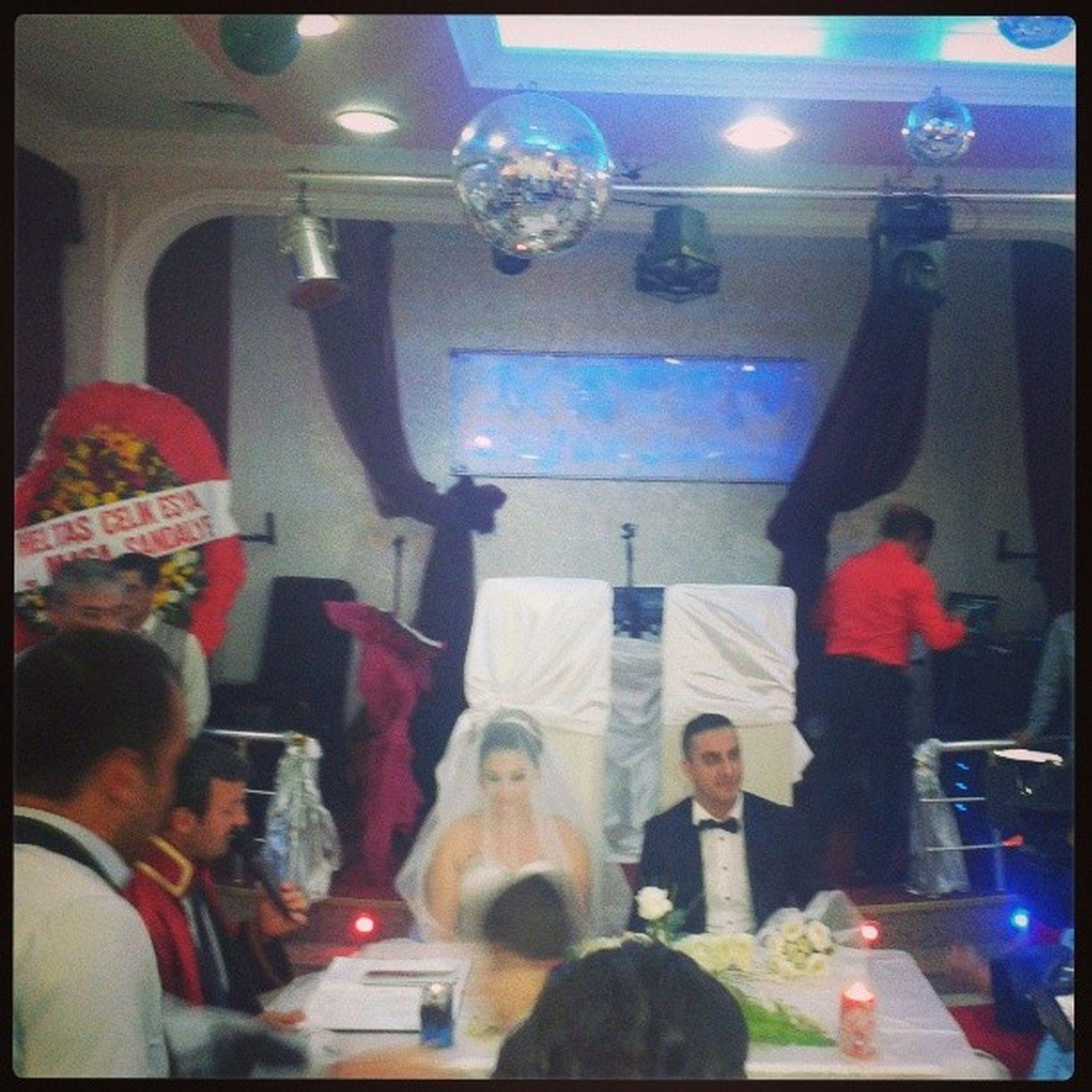 Mutlu  Happy Mutluçiftler Happycouple düğünweddingnuptialsşenlikvaar:)festivitykuzencousinbirömürboyumutluluklarsize:)