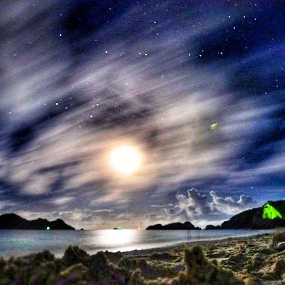 See Sea Beach Night Lights Moon HDR Follow Followback Beautiful Nature Beautiful Okinawa Tokashiki Relaxing Hello World Hi! F4F 海 沖縄 渡嘉敷島 Sony Nikon Nikon D4