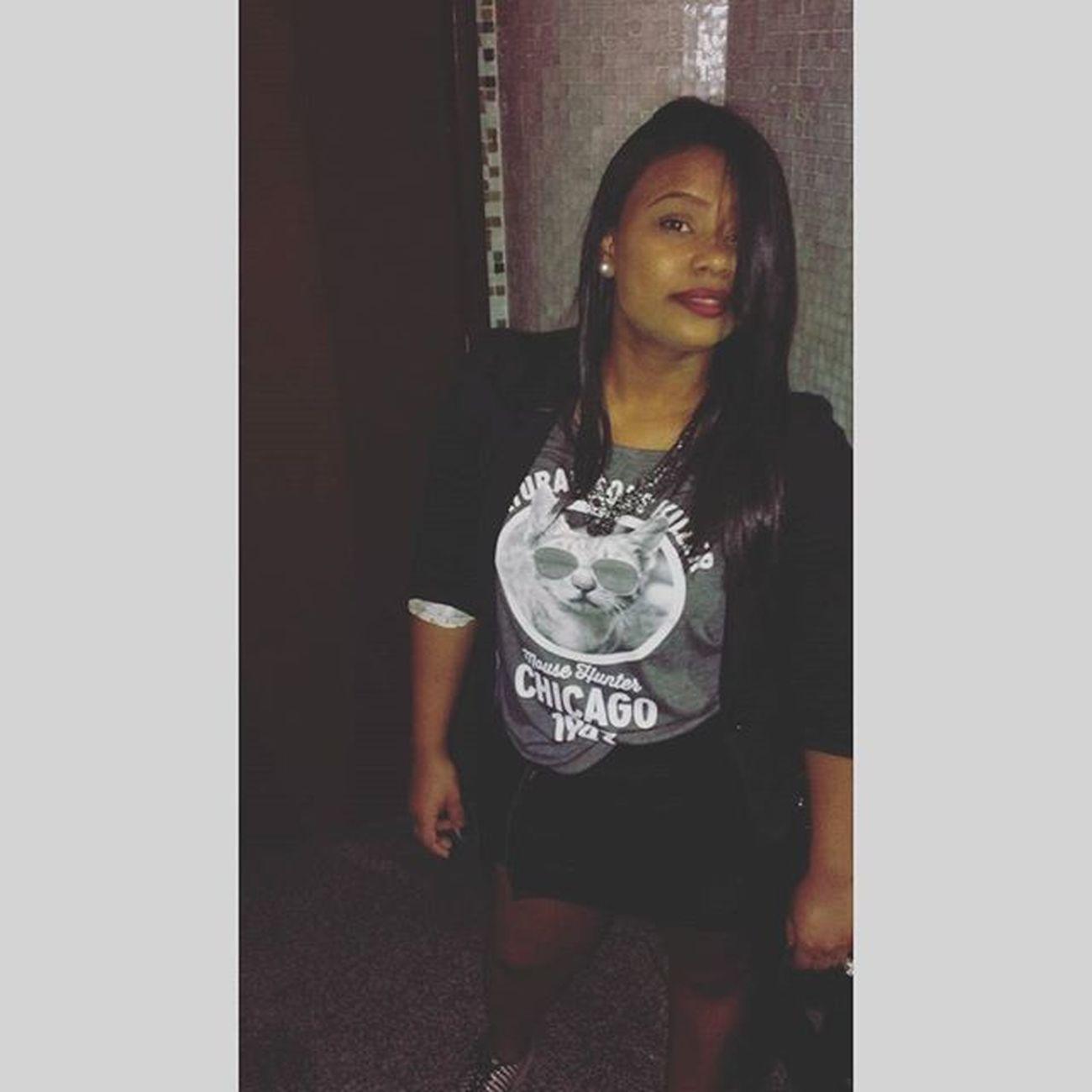 Minha noite, sempre com ela @griffteriaboutique Botaprajogo @lionsclub Lionsclub SP Lovecity  Noite Relax Fun Friends Enjoylife Slay Club Night