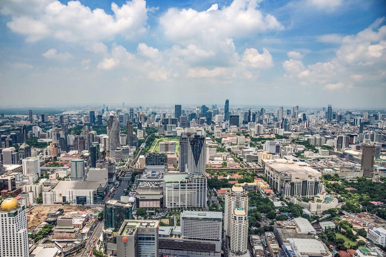 #Бангкок #Bangkok #bkk #Тайланд #Thailand #thai #ThailandInsider #natgeo #nikonrussia #natgeorussia #nikon #d610 #tamron_russia #chichenev87 Architecture Cloud - Sky Building Exterior Cityscape City Built Structure Sky Crowded Aerial View Skyscraper Cloud City Life Tall - High Residential District Cloudy Urban Skyline Day Wide Shot Outdoors Tall Watpho #budda #будда #Бангкок #Bangkok #bkk #Тайланд #Thailand #thai #nikon #d610 #tamron_russia #chichenev87