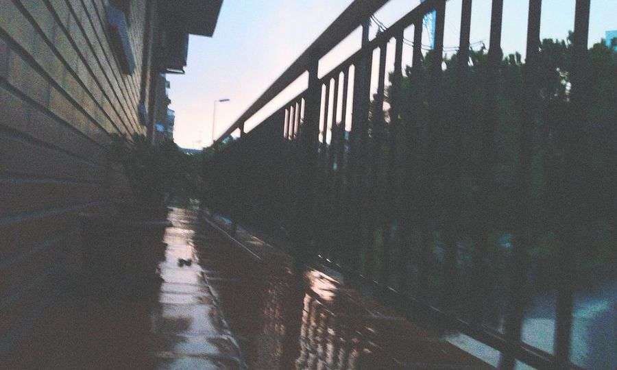 Cuando llueve c: Dias De Lluvia DesdeMiBalcon Likes Followme Goodvibes✌️ Cool Amazing Day Nice!
