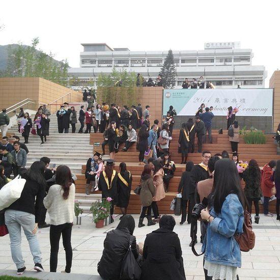在這裡,隱約看到三年後的我 約定大家2017年一齊影畢業相 Hkig 2014 Hsmc Graduationceremony 恒管 畢業典禮