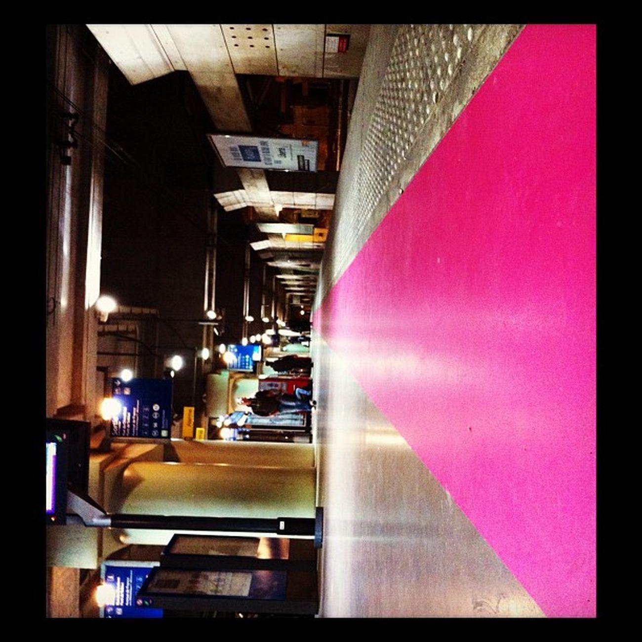 Rerc BFM Rosé Pink pov perspective sncf gare trainstation architecture