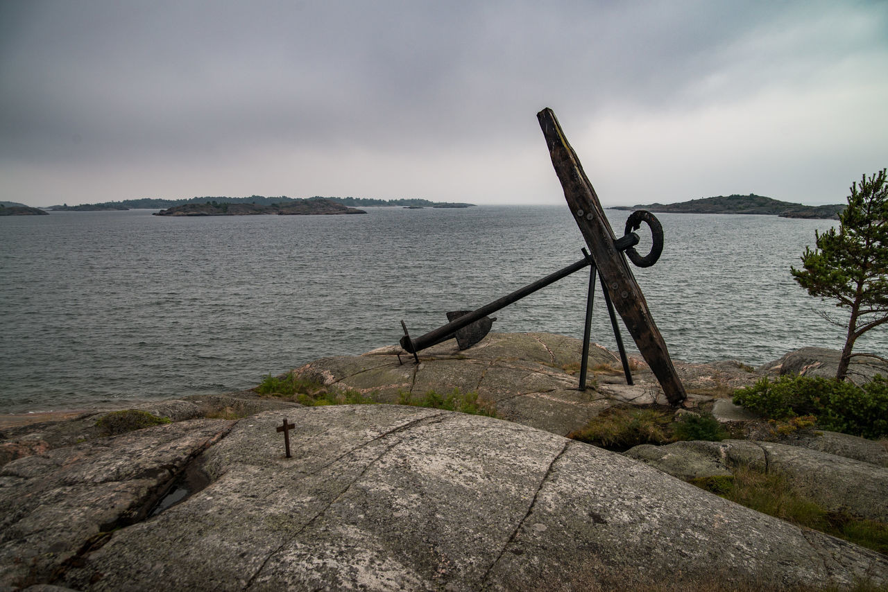 Anchor Anchor On Rocks Gulf Of Finland Nature Outdoors Rocks And Water