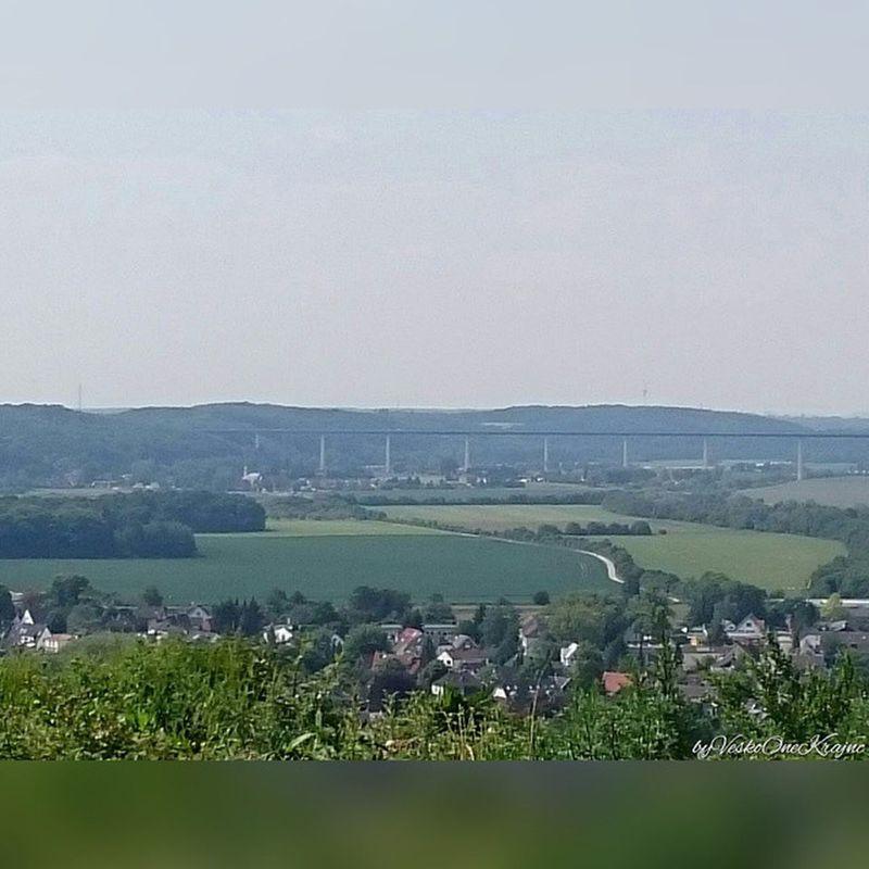 Von Essen Kettwig Fotoschiessen Ruhr Kettwigstausee zoom zoomin Ruhrtalbrücke Mintarderbrücke grün Landschaft einfotowert SquareInstaPic byVeskoOneKrajnc