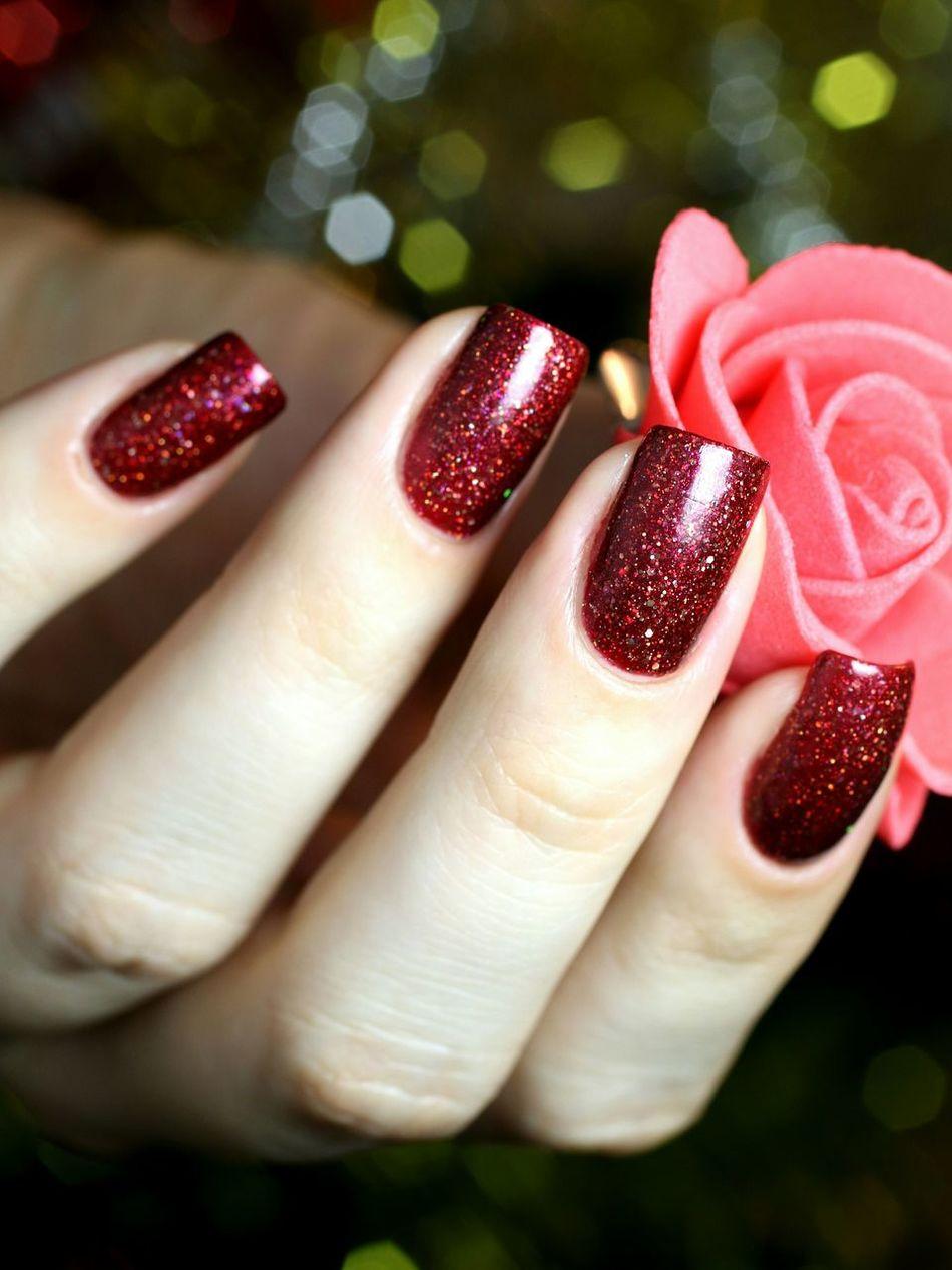 Penelopeluz Beth Bethpenelopeluz Nails Manicure Rednails Shine Luxury Nailpolish Nailpolishswatch ногти маникюр  лакдляногтей лакоманьяк Indiepolish