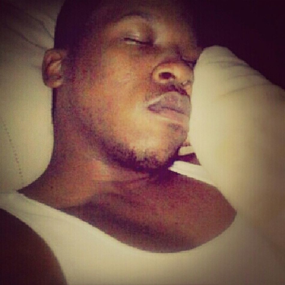 Goodnight people. Taking myself to bed. Got to rejuvenate the body. lol
