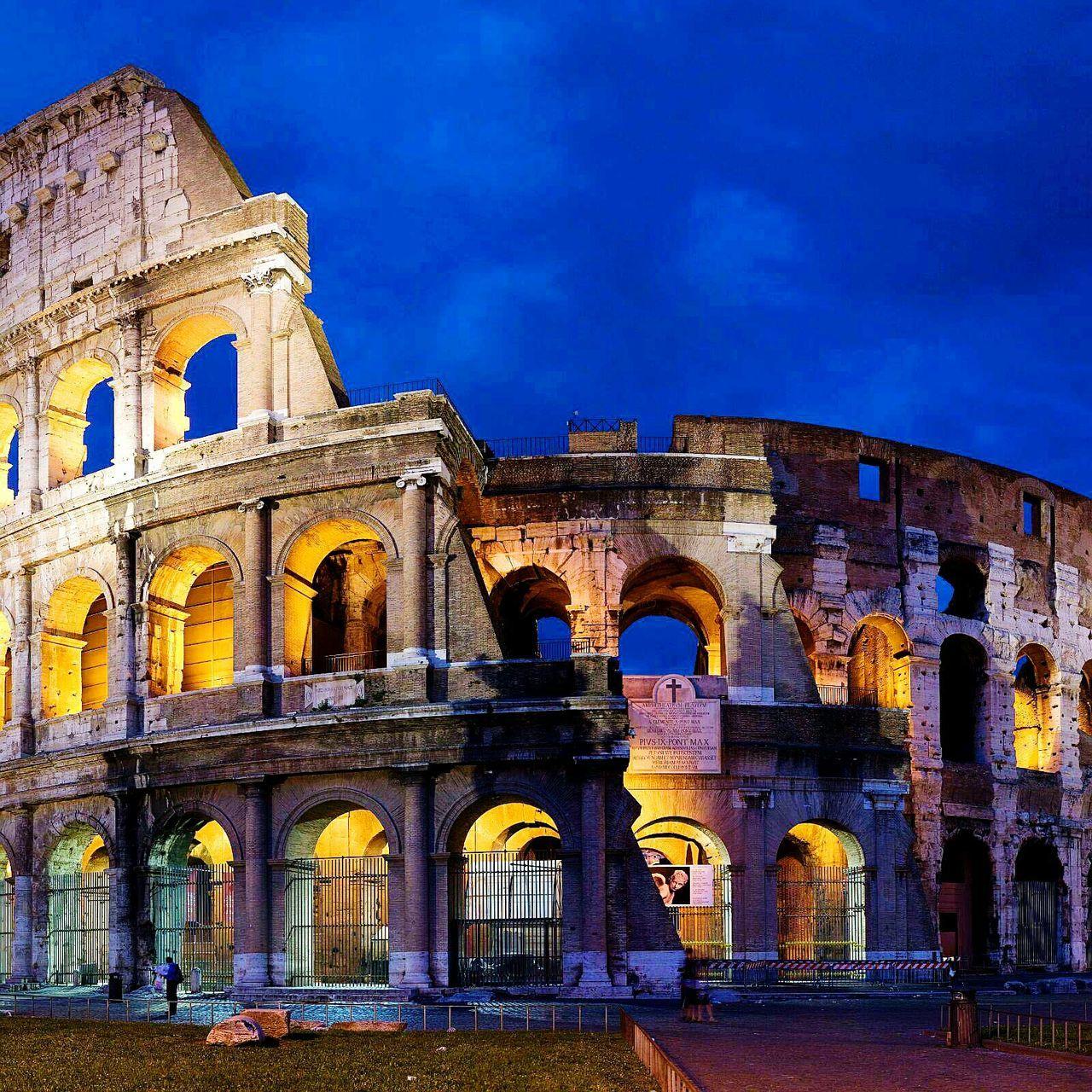 Cities At Night Colosseum Roma Romebynight