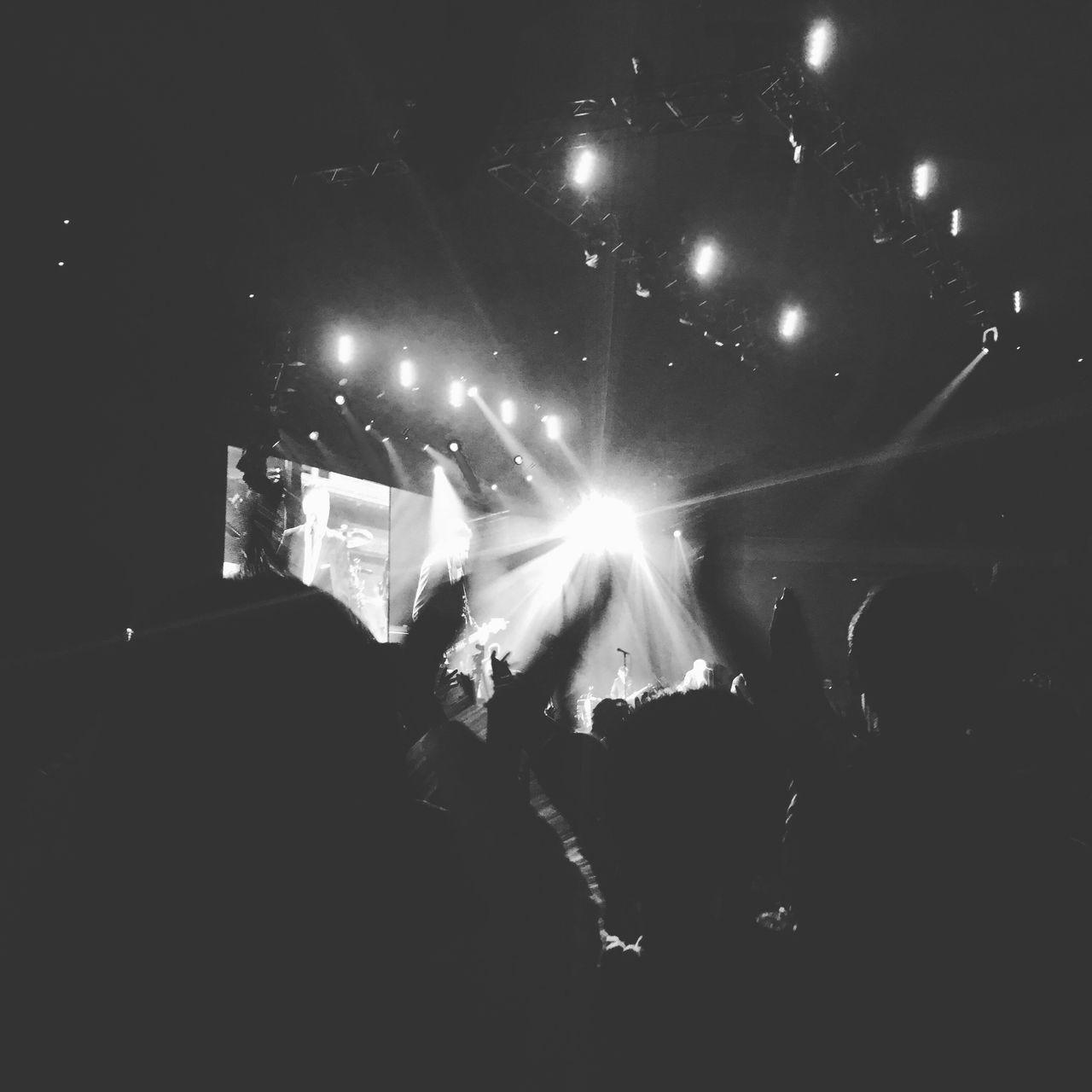 Live Music Music Spotlight Applose Handclap Feaver Budokan Rocknroll Stage Liveperformance Bryanadams Tokyo,Japan Monochrome Monochrome Photography