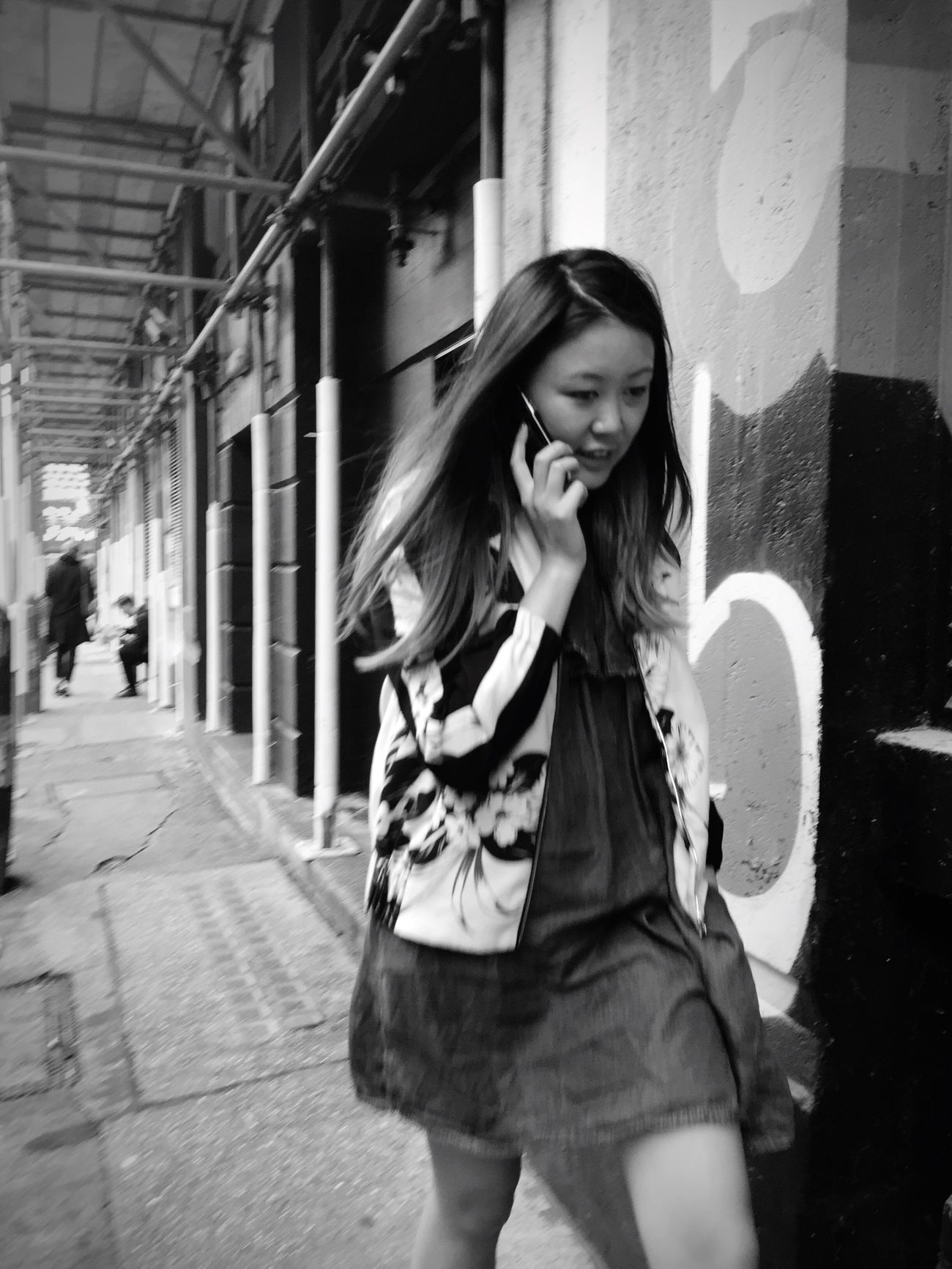 Streetphotography Candid Blackandwhite Shootermag_uk Shootermag Monochrome Streetphoto_bw