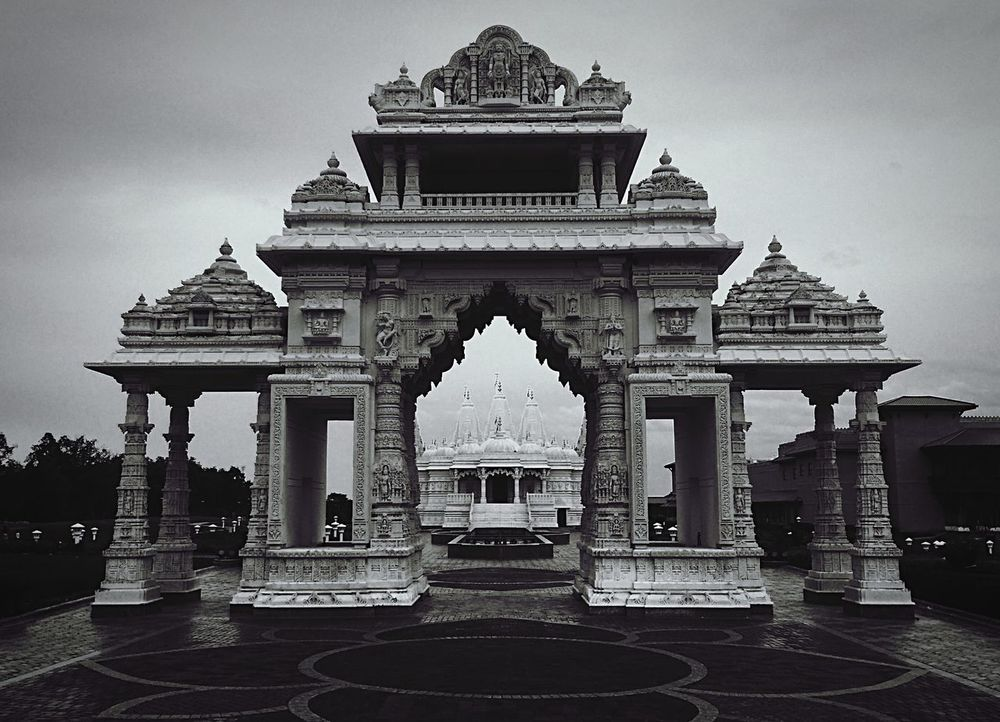 Architecture_bw Architecture Blackandwhite The Street Photographer - 2015 EyeEm Awards The Architect - 2015 EyeEm Awards Monochrome Hindu Temple Amazing Architecture