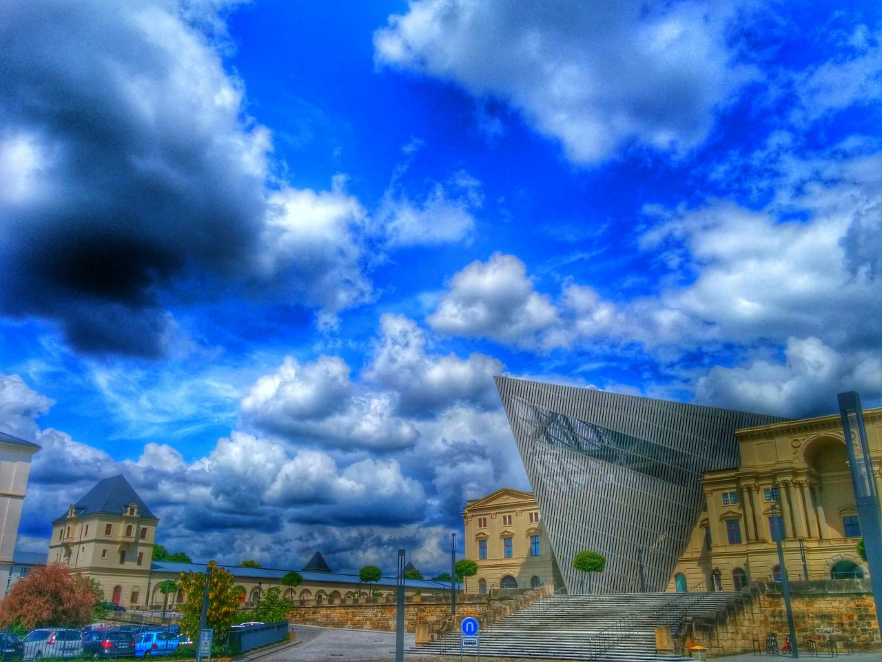 architecture, built structure, building exterior, cloud - sky, sky, history, day, no people, outdoors, low angle view, city