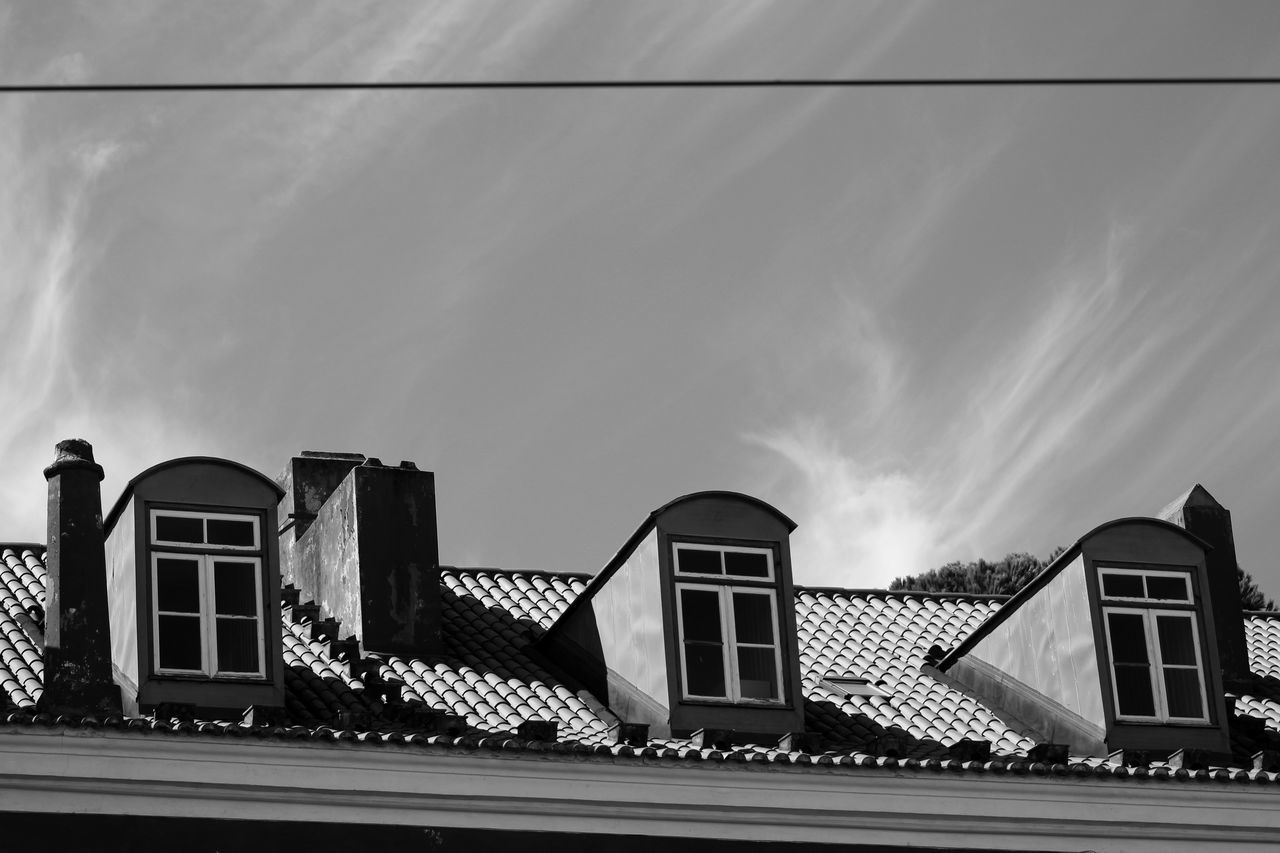 Architecture Black & White Black And White Building Exterior Built Structure City Close-up Cloud - Sky Day Detail Exceptional Photographs Low Angle View Minimal Minimalism Minimalist Minimalist Architecture Outdoors Roof Roof Tile Rooftop Sky Sky And Clouds The City Light Tiled Roof  Windows