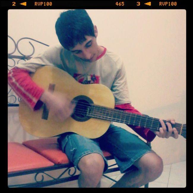 @miguellrhuan Eu Aqui EM Casa Deboa Love Violão Instalikes Boanoite ,,,