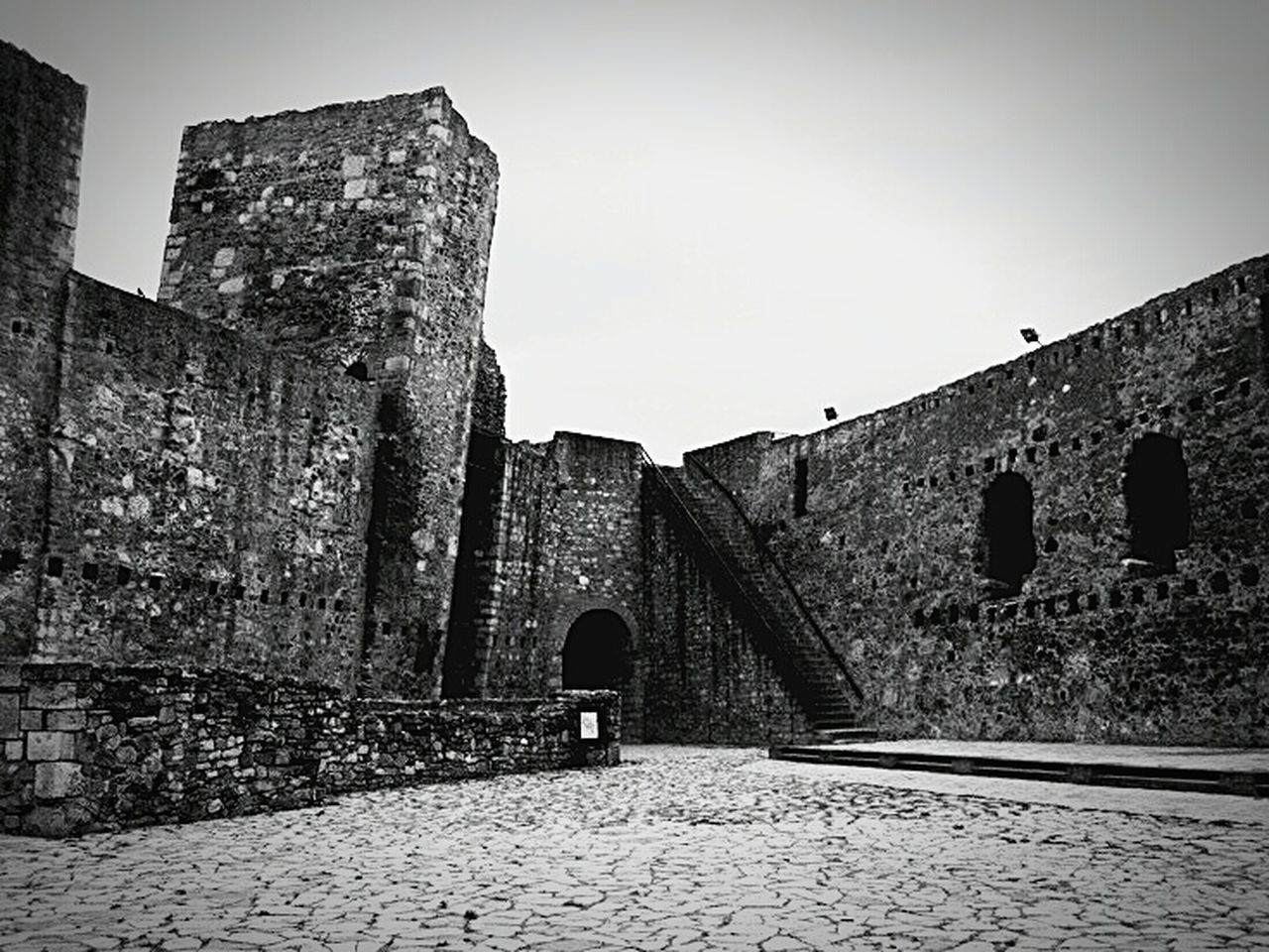 Fortress of Smederevo, Serbia. I Love My City Fortress In Europe Fortress View Fortress Of Stone The Old Fortress Smederevo Made In Serbia From My Point Of View Photooftheday Made By Me Popular Photos Capture The Moment Silhouette Collection On Vacation Travelling Photography Stone Fortress Fortress Europe Travel Photography Love❤ For The Love Of Black And White Discovering Great Works
