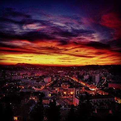 Coucher de soleil / La Garde Nikonfr Toulonforever Monbeauquartier TPM Sun Sunset Holiday Travel Zen LaGarde City Colors Night Photomed2015 @var_matin