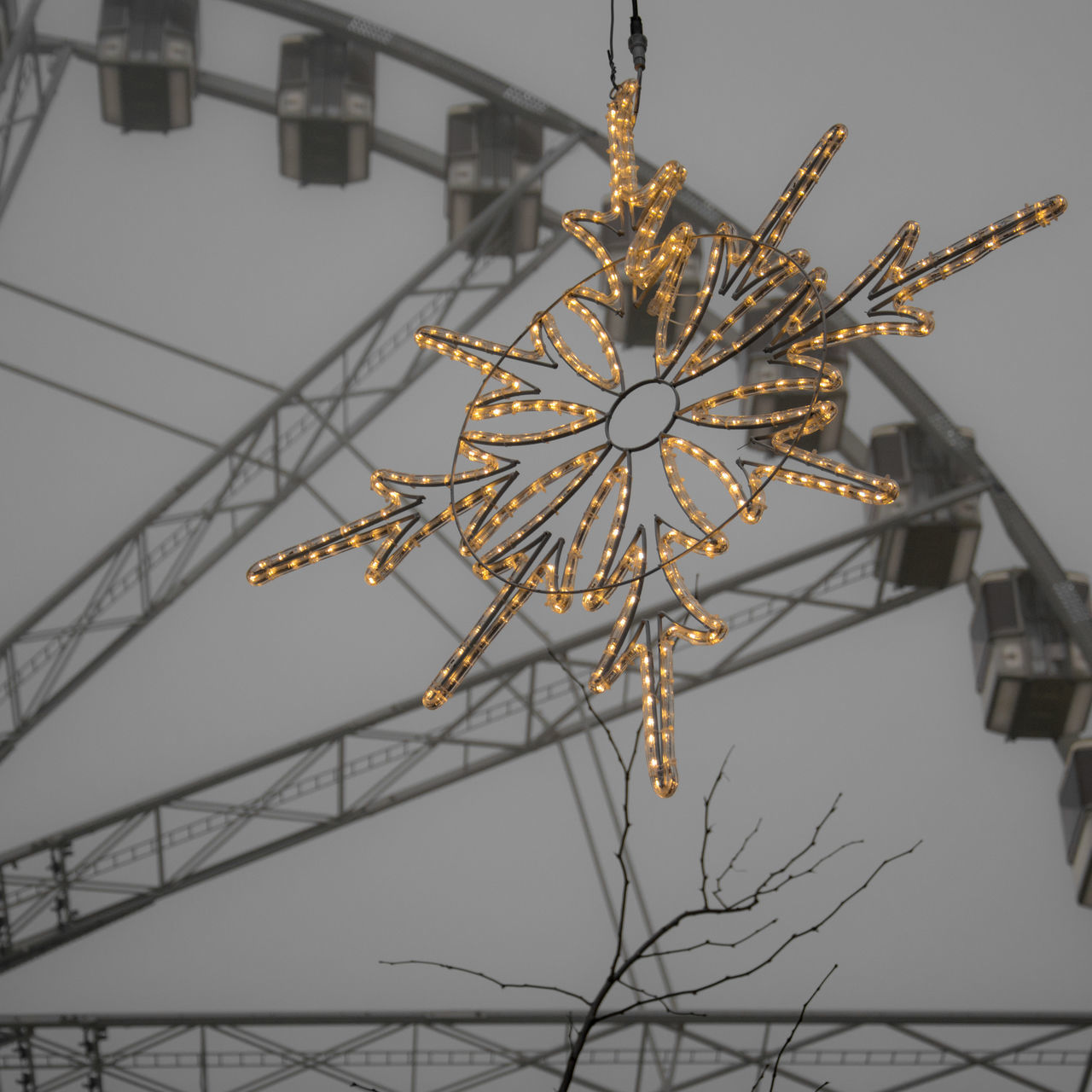 Winter Fair Architecture Christmas City City Life Cityexplorer Cityscapes Day Ferris Wheel Low Angle View No People Outdoors Sky Urban Geometry Urban Landscape Urbanphotography Wintertime Christmas Decoration Christmas Lights Premium Collection