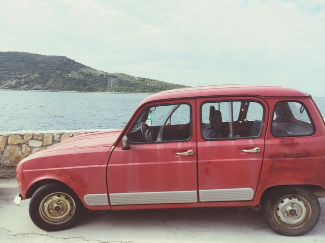 How much in love am I with this car? No one will never know Renault Vintage Mylove Car