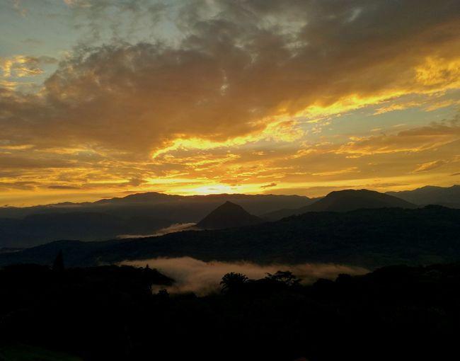 Sunset Sunset_collection Tamesis Antioquia Colombia Farajones Travelcolombia Landscape Burningsky Beauty In Nature Sky Peaceful View Traveldestination Eyemsunset Eyem Best Shots Eyemoftheweek