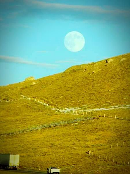 Moon Sky Countryside Beauty In Nature Non-urban Scene Outdoors Nature Full Moon Moon Rising