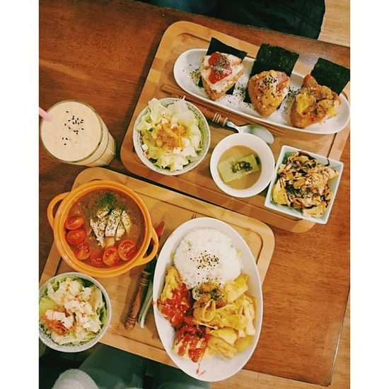 烘蛋雞肉咖哩飯🍛 烤飯糰🍙 Hsinchu Eat Reastaurant Brunch Tea_time 簡竹門日