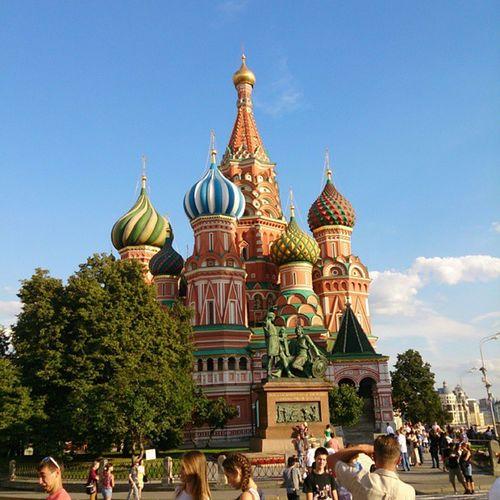 olm kremadan saray yapmışlar !! Kremlinpalace şekerdensaray