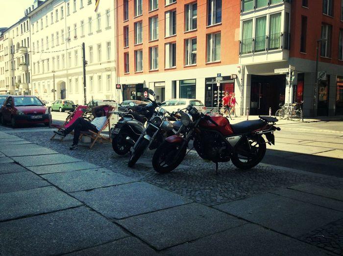 Sleeping Lol Motorbikes Berlin Uncut