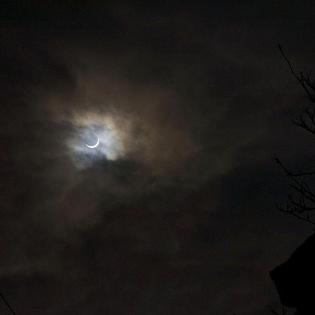 Eclipse! Eclipse Sun Moon Cloudy lookedatthesun blind