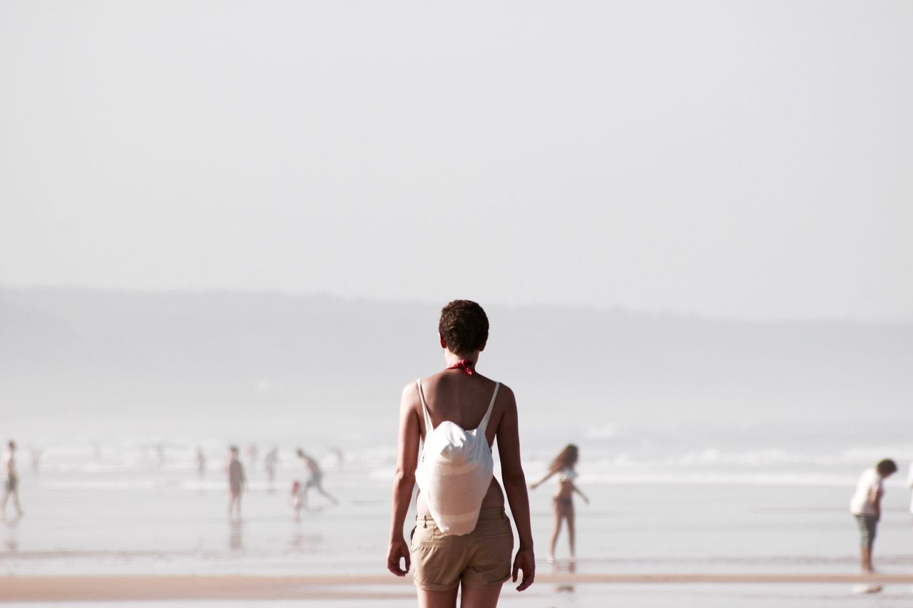 Beautiful stock photos of portugal, African-American Ethnicity, Bag, Beach, Carrying