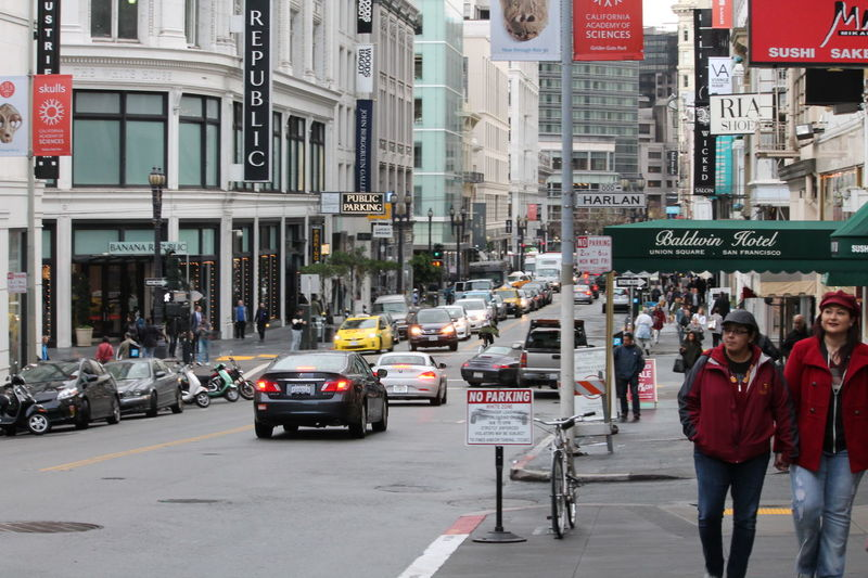 Hello World Check This Out Street Photography San Francisco Unionsquare Travelphotography Enjoying Life Addicted To Photography Nofilterneeded Travel Destinations Blessedandthankful DreamChaser A Walk To Remember Worldconnection Taking Photos Multicolors  Traffic Friends Eye Em Best Shots Joy Of Life