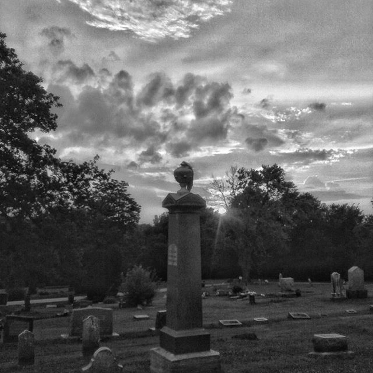 Nothing quite like a bnw sunset in graveyard.... Ks_pride Graveyard_dead Kansasphotographer Kansasphotos Ipulledoverforthis World_bnw Bnw_life Bnw_sunset Bnw Bnw_captures Sunsets_oftheworld Sunsets_captures Summer Sun Grave Sunset Atchison Kansas Fuckyeah