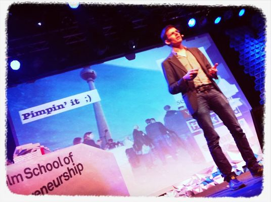 Pimpin' it at #sud12 @nikolaj looking for startups w/ pulse & teams w/ talent magnet. by Paulamarttila