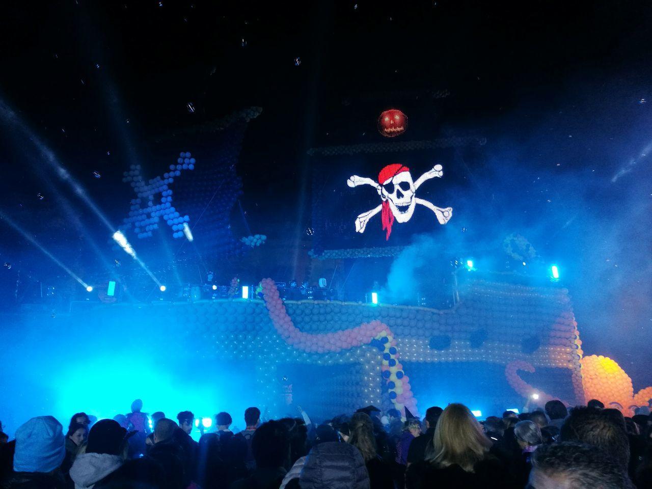 Music Gardaland Halloween Pirateship  Pirates Night People