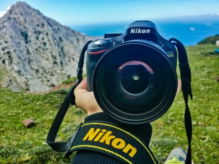 NIKON Camera - Photographic Equipment Photography Themes Outdoors Photographer Lens - Eye Filming Day Home Video Camera Landscape Pub Photo Lens Objectif D5200nikon D5200 Adult First Eyeem Photo