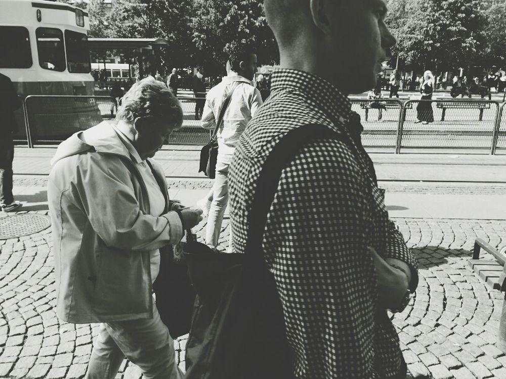 Walking Around Streetphotography Streetbw Summer Guys