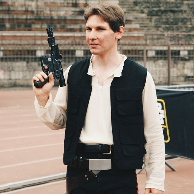"""[StarWarsDayMilano ] """"Yes, you are right. He totally looks like me"""" Cosplayer talking about Harrisonford 😄 MayThe4thBeWithYou MayTheFourthBeWithYou samsungnx1 nx1 samsungsmartcamera imagelogger fotosociality @samsungcamera @starwars"""