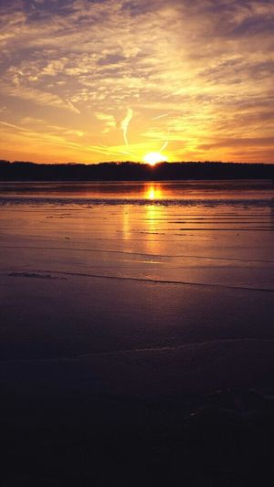 Gorgeous Sunset over the frozen Potomac River today.