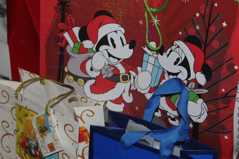 Christmas gift bags Indoors  No People Day Red Canonphotography Bags Mickey Mouse White Blue Los Angeles, California Gold Blue Ribbon